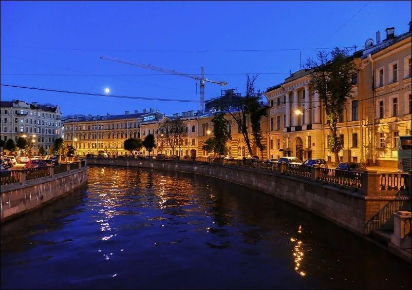 圣彼得堡夜_图1-3