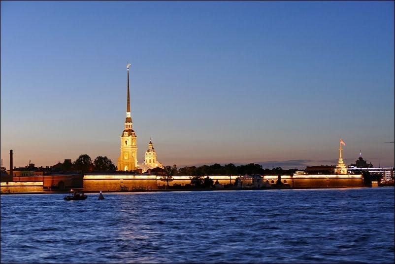 圣彼得堡夜_图1-5