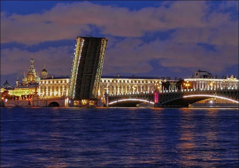 圣彼得堡夜_图1-11