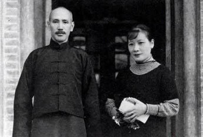 """宋美龄年轻时的那些""""风流韵事,""""蒋介石曾提枪捉奸?_图1-3"""