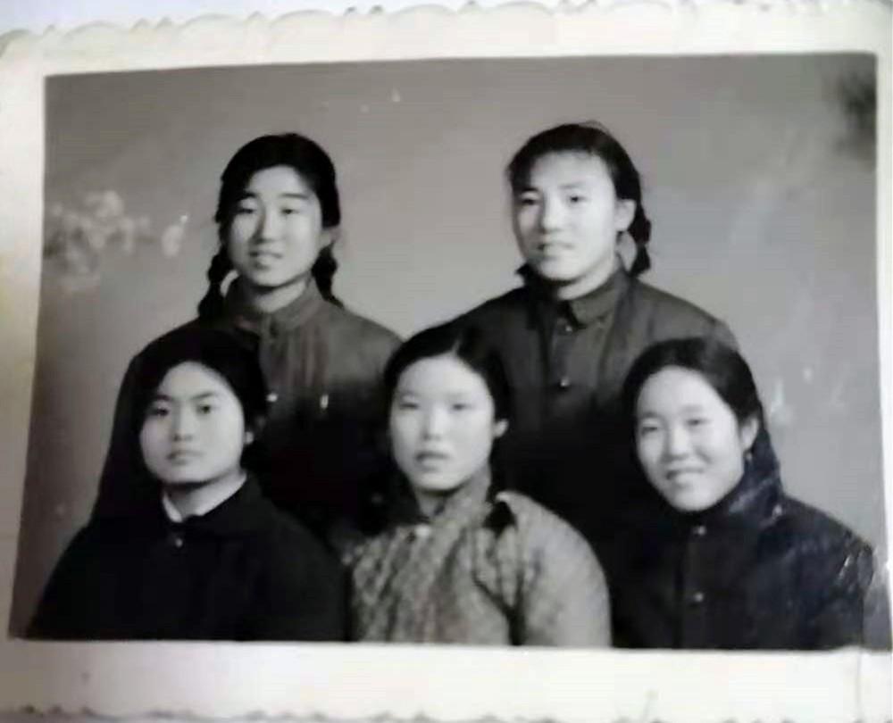北京市通县三中七三届三年级九班的青葱少年_图1-21