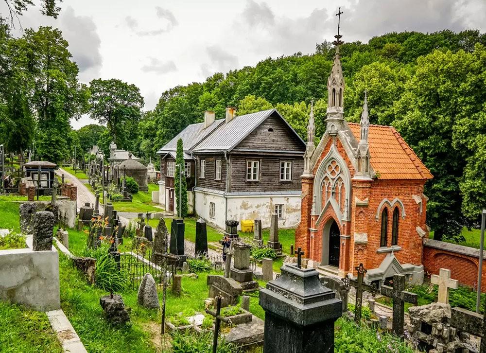 在萨格勒布参观米罗戈日公墓_图1-10