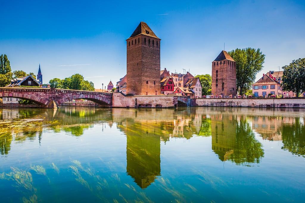 法国斯特拉斯堡(Strasbourg),新旧融合_图1-1