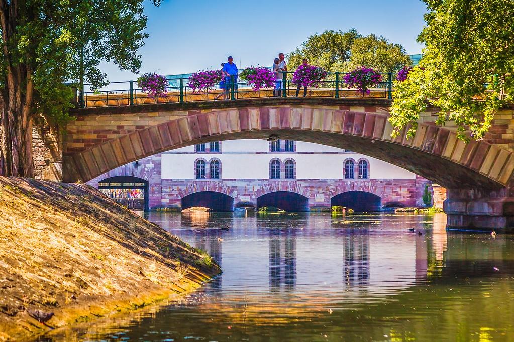 法国斯特拉斯堡(Strasbourg),新旧融合_图1-3