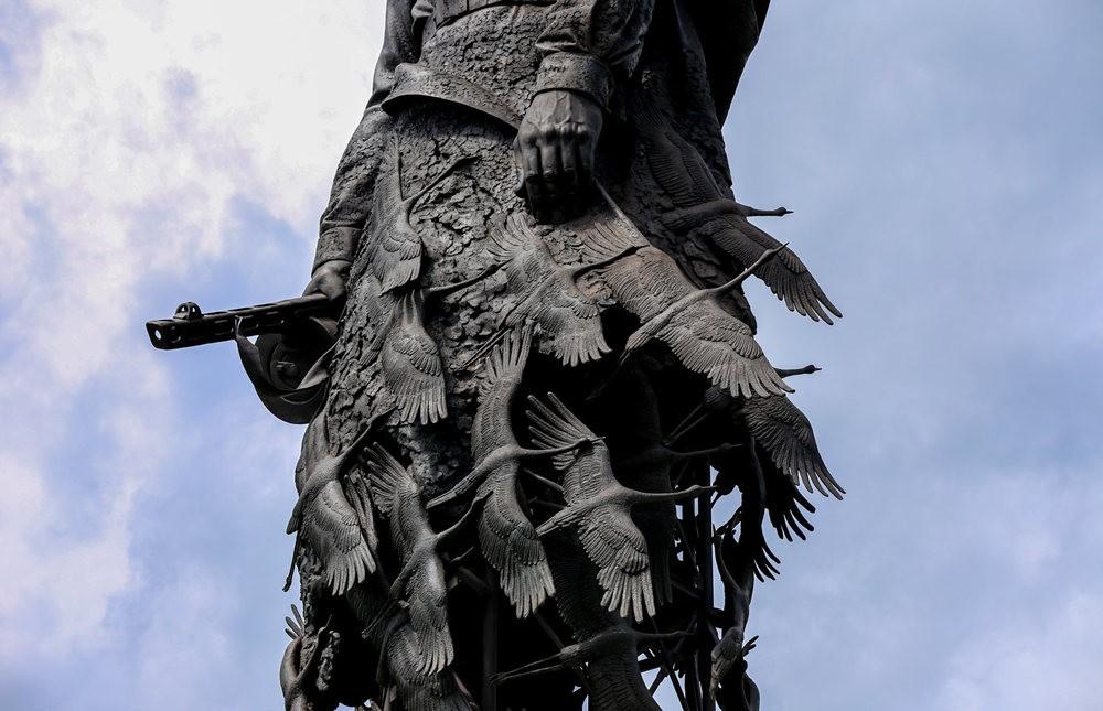 勒热夫战役纪念碑_图1-4