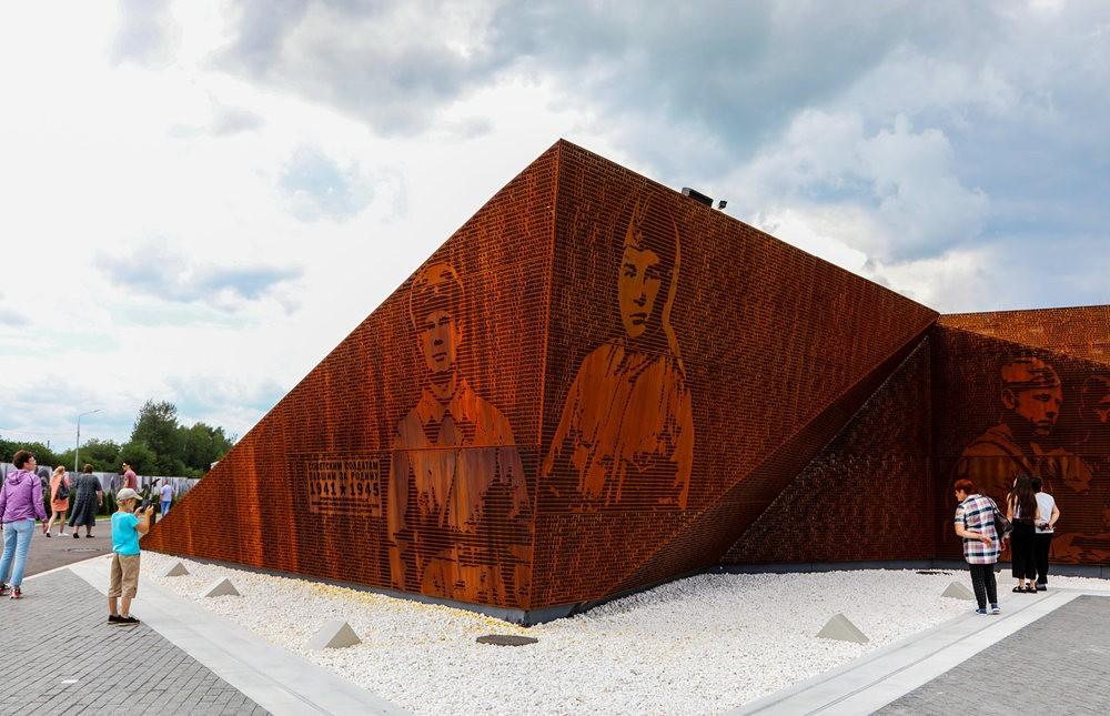勒热夫战役纪念碑_图1-7
