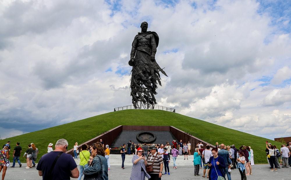 勒热夫战役纪念碑_图1-11