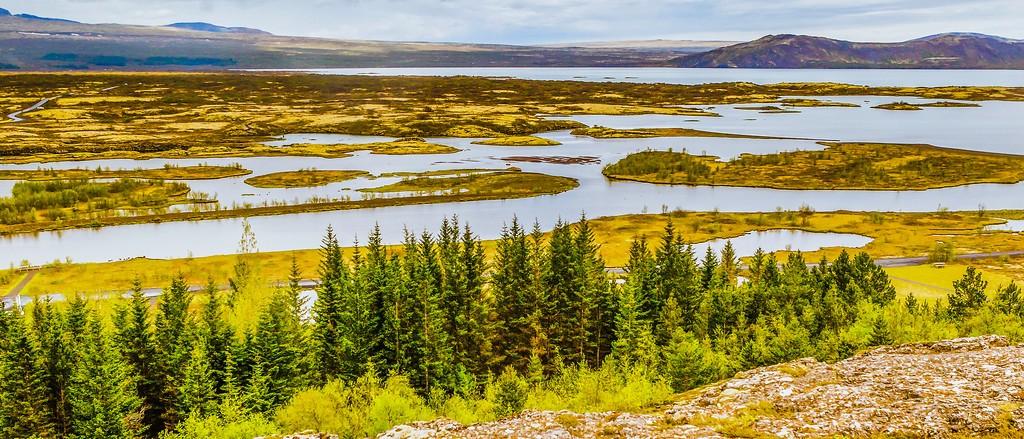 冰岛辛格韦德利国家公园,高处眺望_图1-2