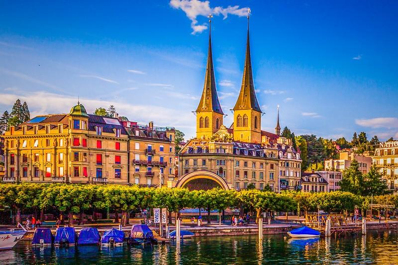 瑞士卢塞恩(Lucerne),岸边即景_图1-15