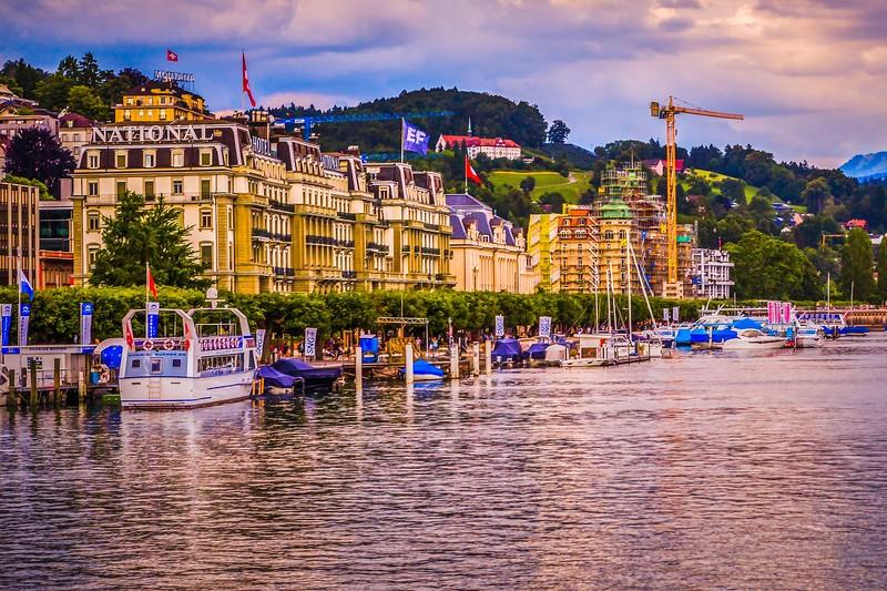 瑞士卢塞恩(Lucerne),岸边即景_图1-9