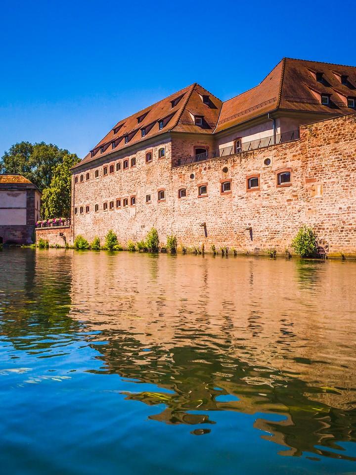 法国斯特拉斯堡(Strasbourg),沿岸风景_图1-16