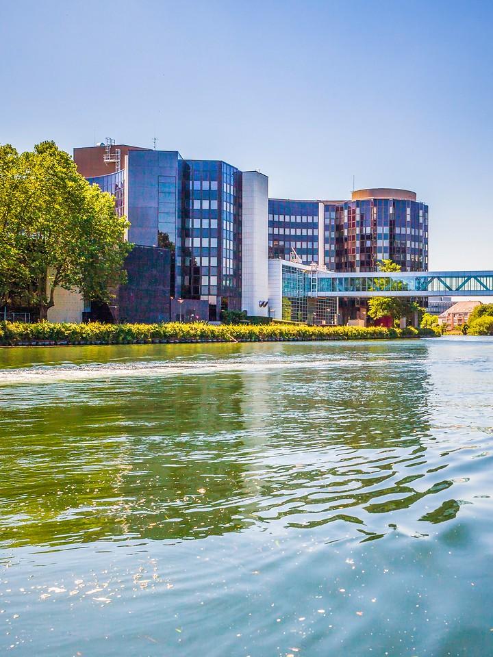 法国斯特拉斯堡(Strasbourg),沿岸风景_图1-17