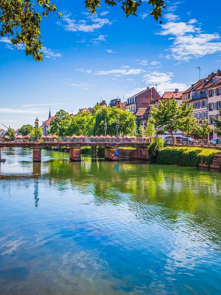 法国斯特拉斯堡(Strasbourg),沿岸风景_图1-18