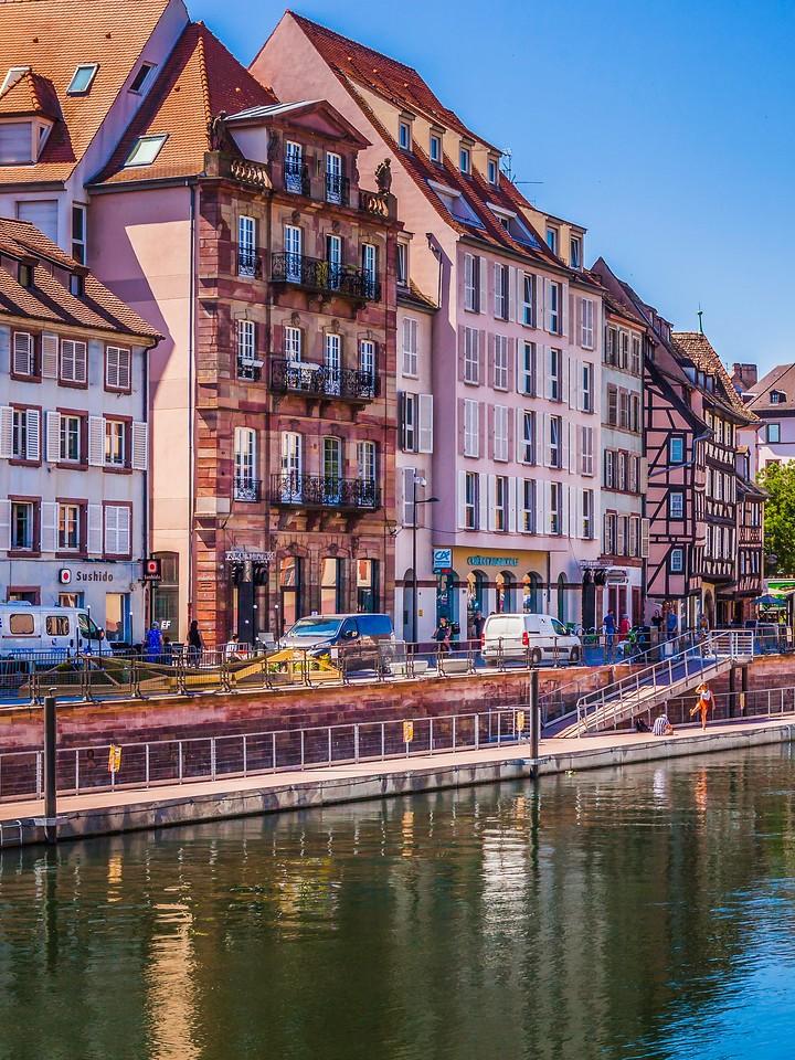 法国斯特拉斯堡(Strasbourg),沿岸风景_图1-4
