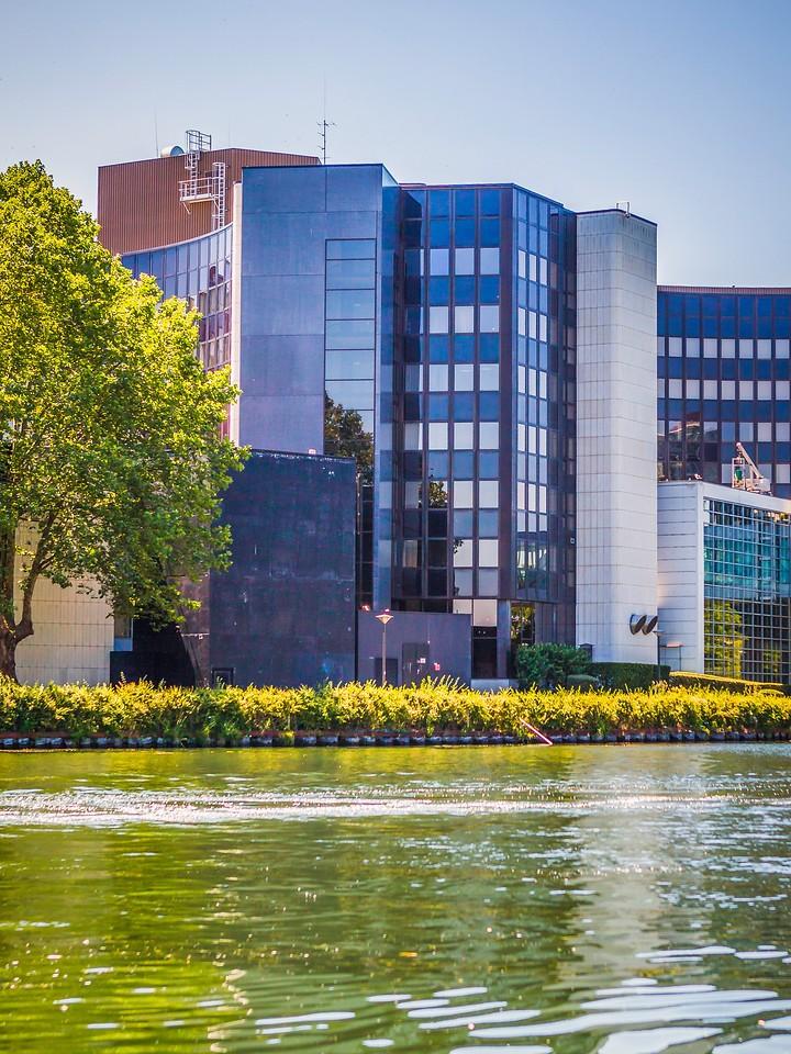 法国斯特拉斯堡(Strasbourg),沿岸风景_图1-13
