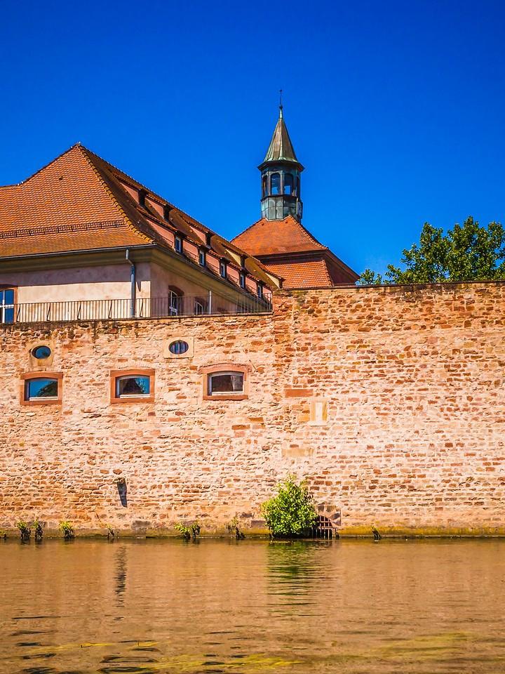 法国斯特拉斯堡(Strasbourg),沿岸风景_图1-2