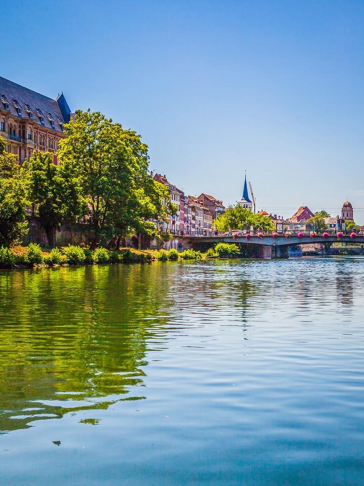 法国斯特拉斯堡(Strasbourg),沿岸风景_图1-6