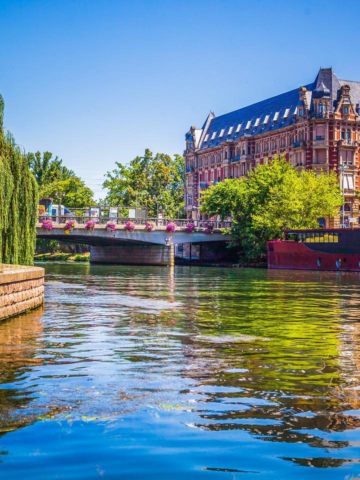 法国斯特拉斯堡(Strasbourg),沿岸风景_图1-11