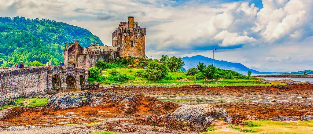 苏格兰艾琳多南城堡(Eilean Donan castle),远眺英姿_图1-1