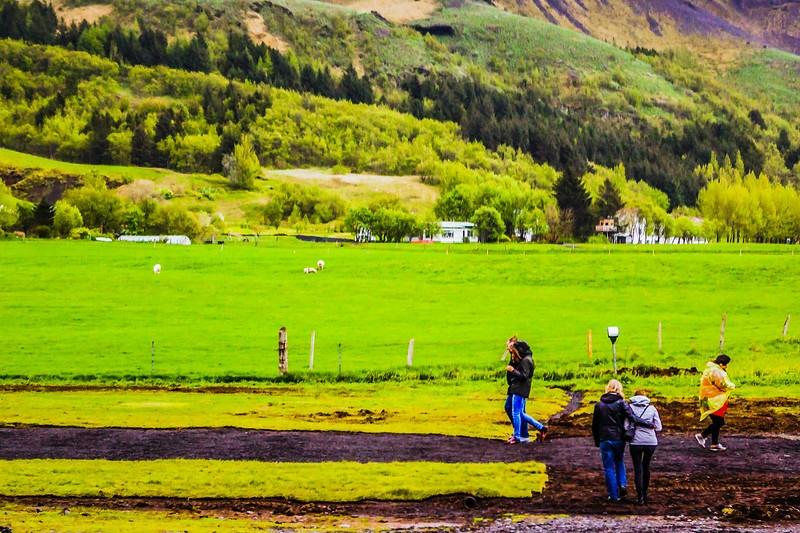 冰岛Skógafoss瀑布,飞流直下_图1-2