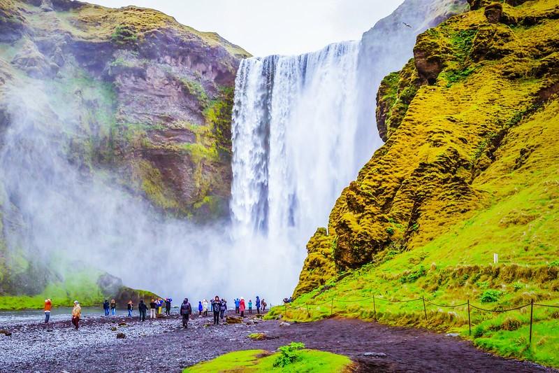 冰岛Skógafoss瀑布,飞流直下_图1-1