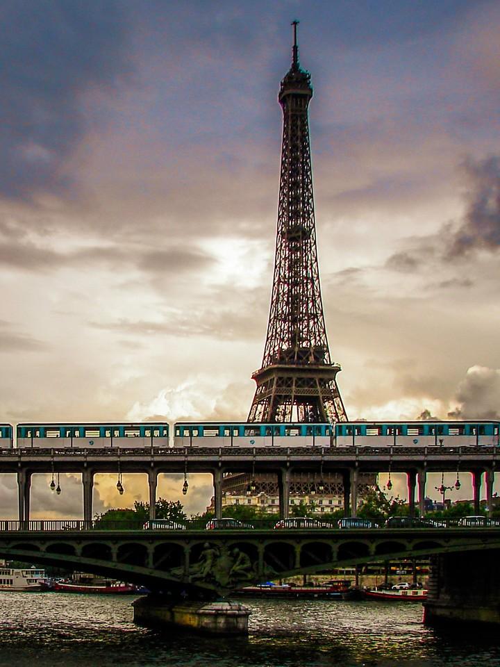 法国巴黎,浪漫都市_图1-24