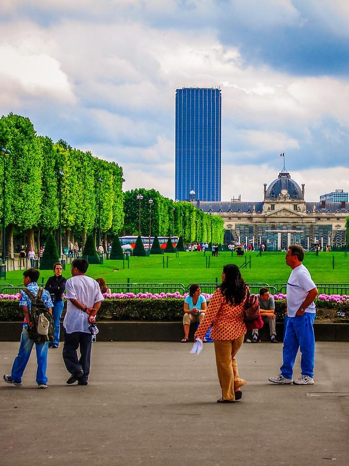 法国巴黎,浪漫都市_图1-15