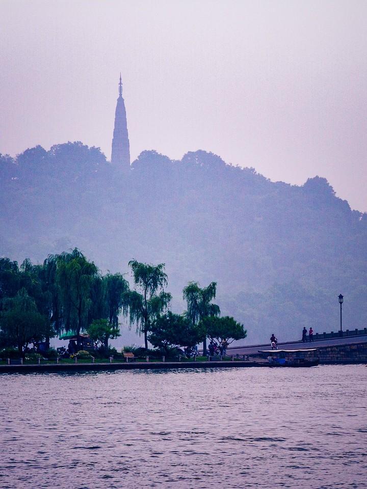 杭州西湖,宝塔小桥楼亭