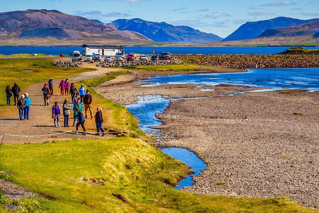 冰岛Kirkjufellsfoss,小瀑布小溪水_图1-3