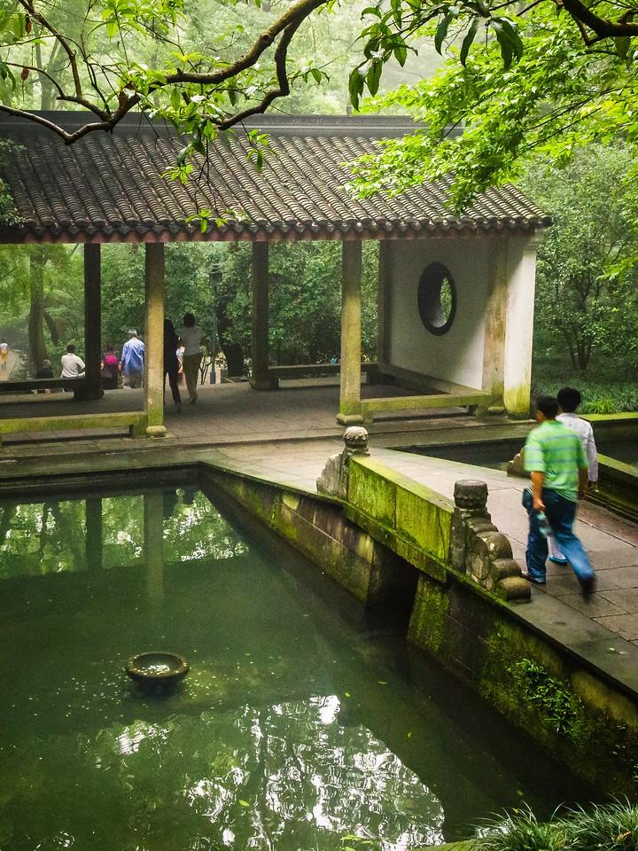 杭州虎跑,一个神话传说_图1-3