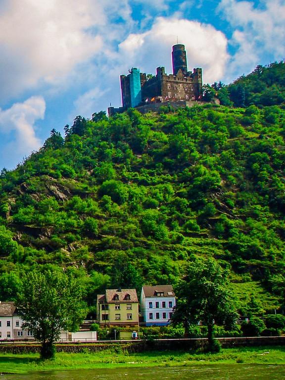 游莱茵河,两岸的城堡_图1-13