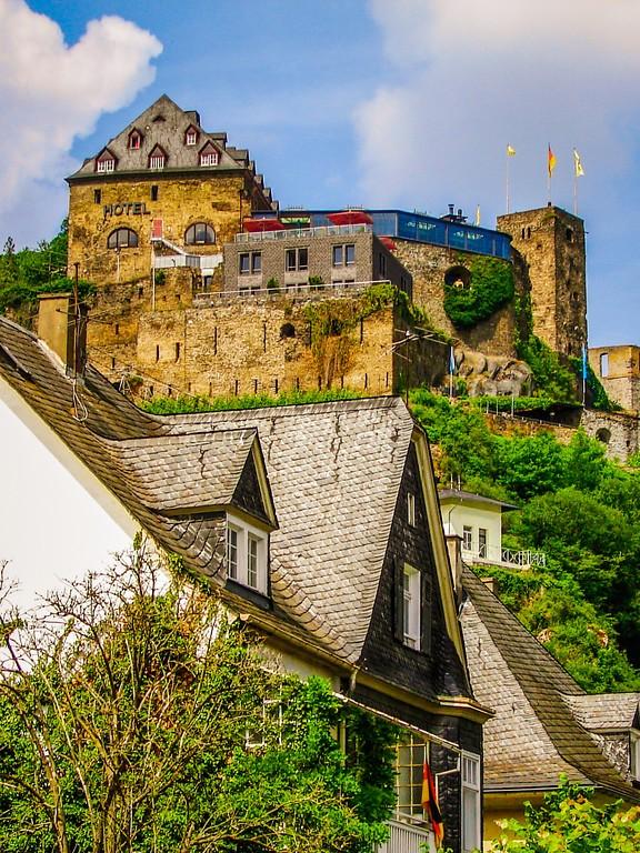 游莱茵河,两岸的城堡_图1-16