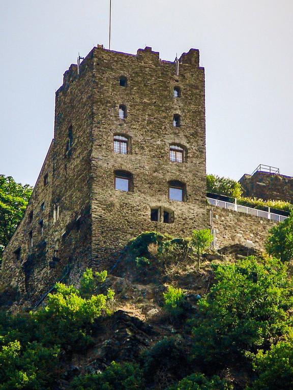 游莱茵河,两岸的城堡_图1-11