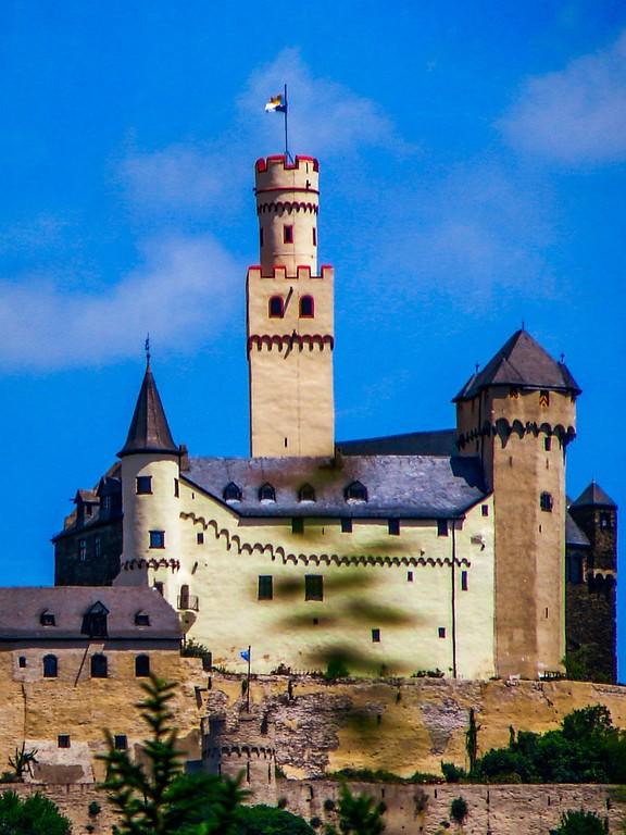游莱茵河,两岸的城堡_图1-8