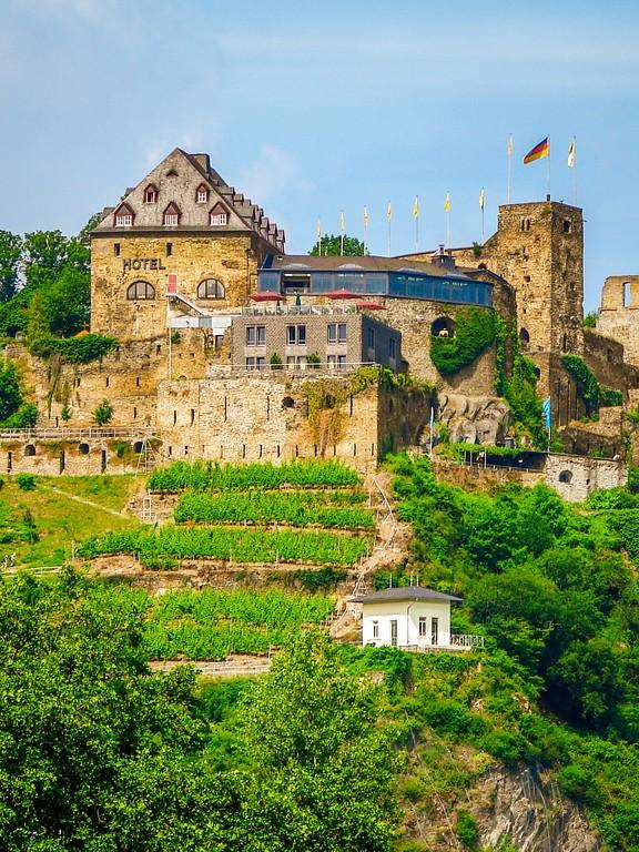 游莱茵河,两岸的城堡_图1-6