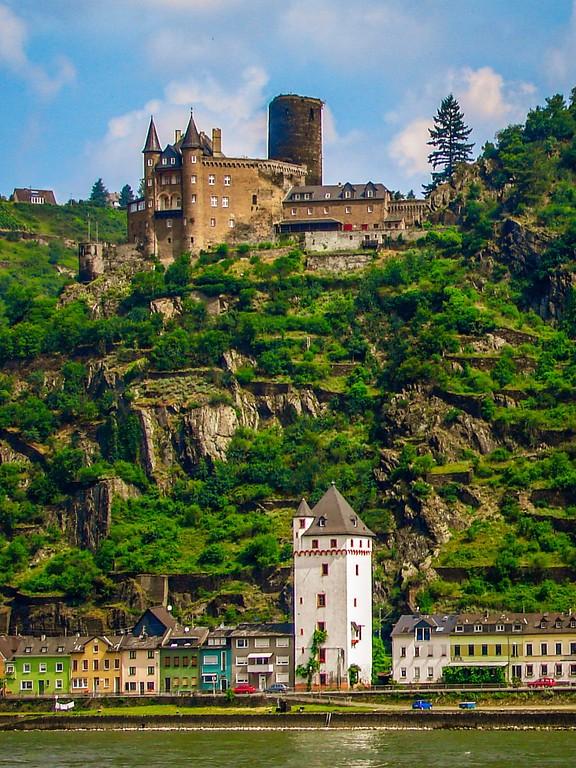 游莱茵河,两岸的城堡_图1-4