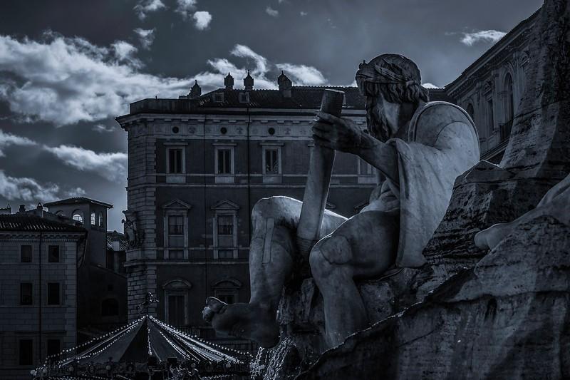 罗马纳沃纳广场,闻名景点_图1-4