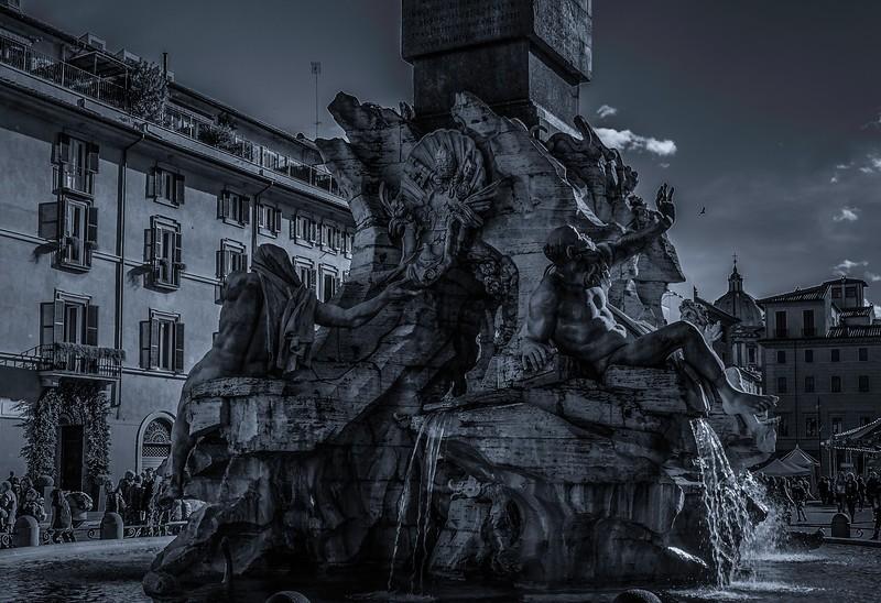 罗马纳沃纳广场,闻名景点_图1-16