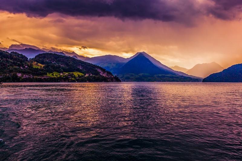 瑞士卢塞恩(Lucerne),雨后夕阳_图1-1