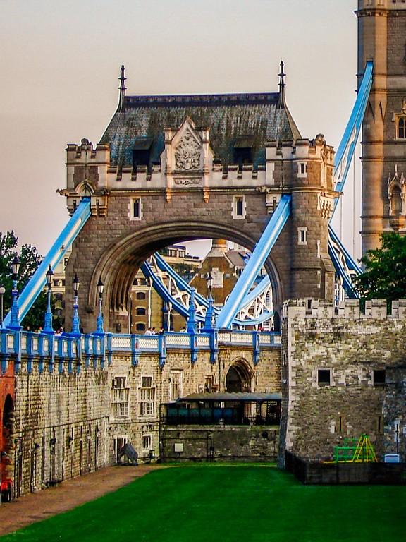 英国伦敦,著名塔桥_图1-11