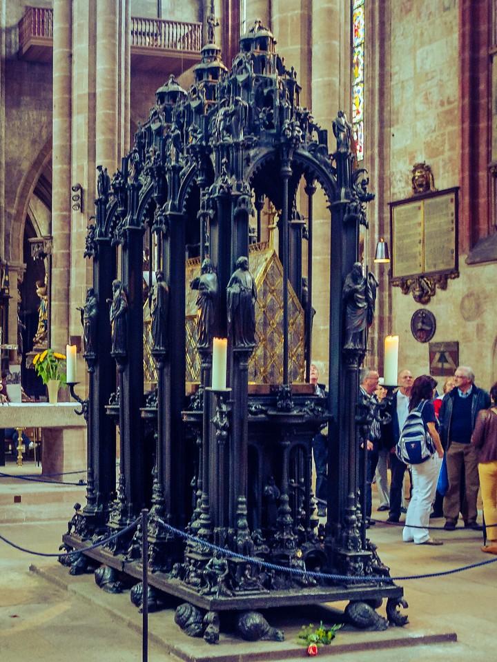 德国纽伦堡,传统的宗教文化_图1-3