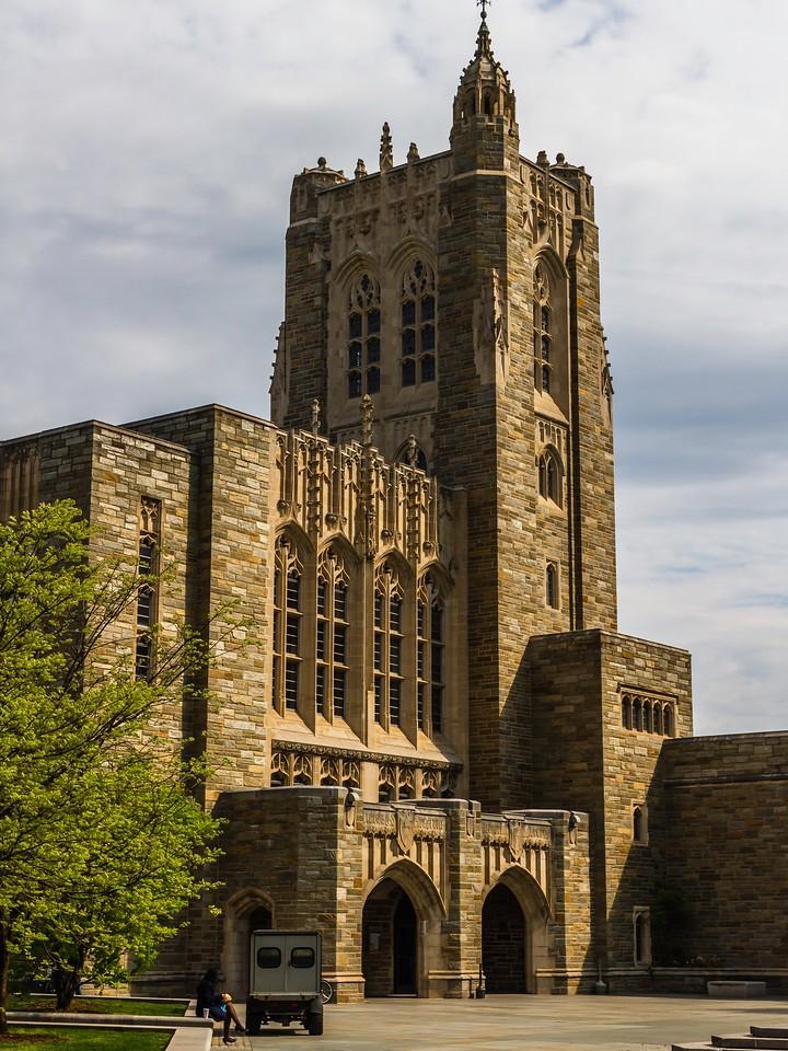 美国普林斯顿大学,有特色的校园建筑_图1-2