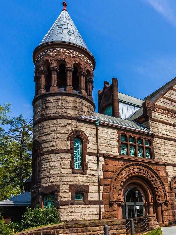美国普林斯顿大学,有特色的校园建筑_图1-19