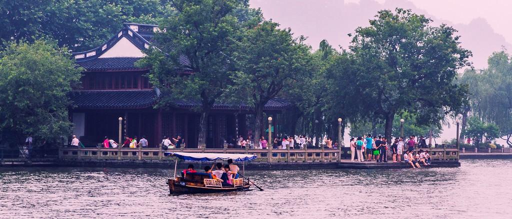 杭州西湖,朦胧景色_图1-3