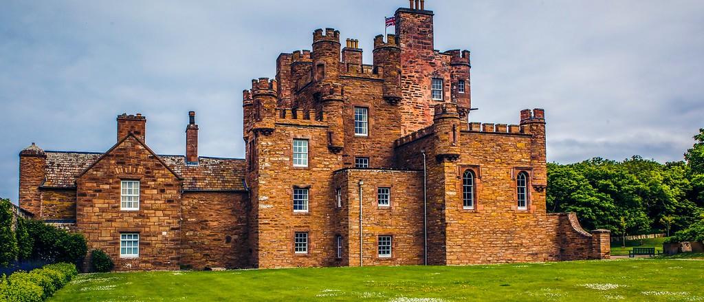 苏格兰梅城堡(Castle of Mey),十六世纪城堡_图1-7