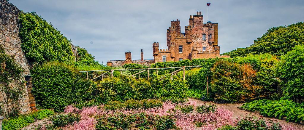 苏格兰梅城堡(Castle of Mey),十六世纪城堡_图1-4