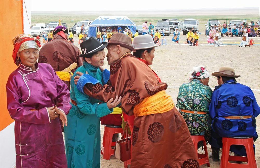 访问蒙古--2_图1-10