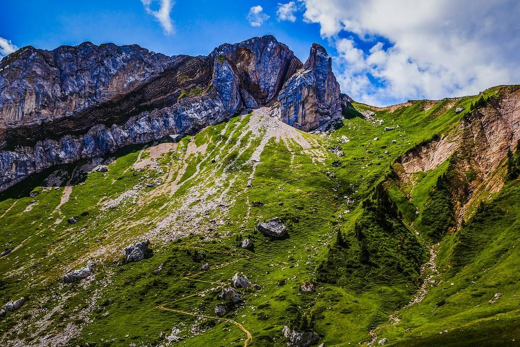 瑞士卢塞恩(Lucerne),山的语言_图1-17