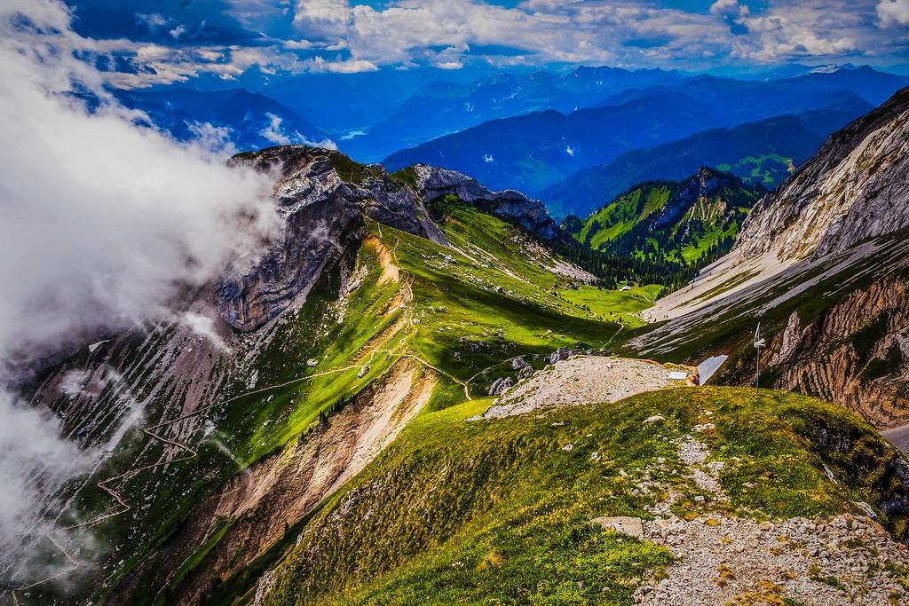 瑞士卢塞恩(Lucerne),山的语言_图1-18