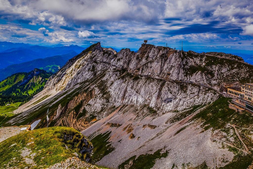 瑞士卢塞恩(Lucerne),山的语言_图1-19